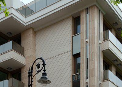 "Каменна облицовка на сух монтаж жилищна сграда ""Латинка"" 7"